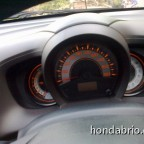 review_honda_brio_indonesia_10